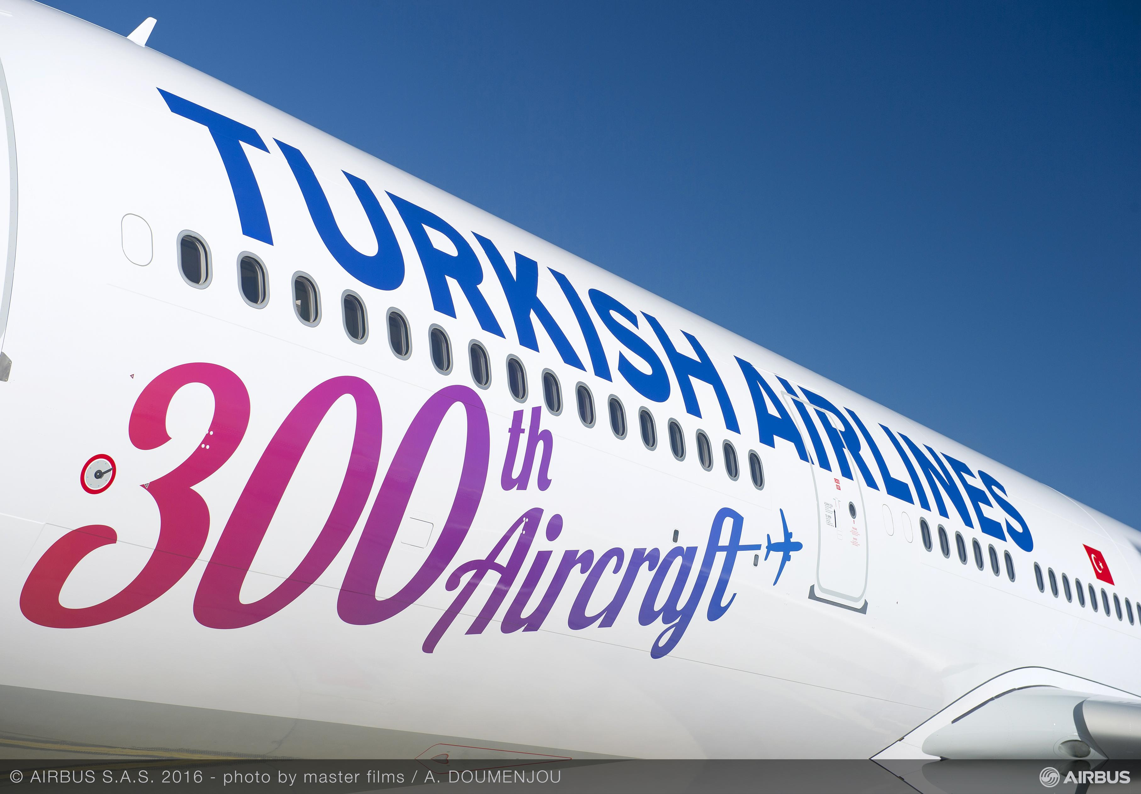 A330-300 Turkish Airlines_300th_ (2)